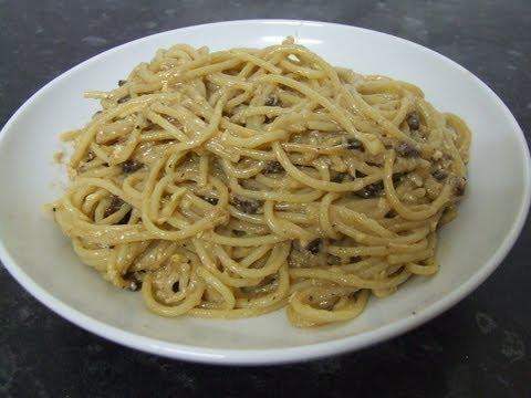 Best Spaghetti Alla Carbonara - The Original & Traditional Italian Recipe
