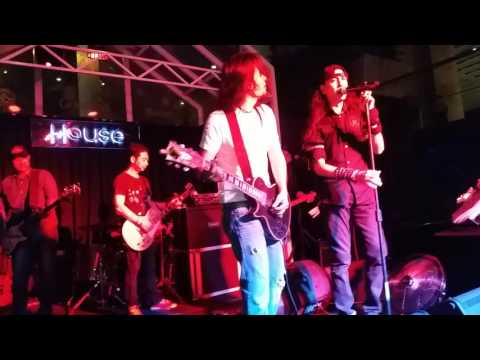Sayap Illusi covered by Electric 5 feat Joe wings/Hillary/Tom