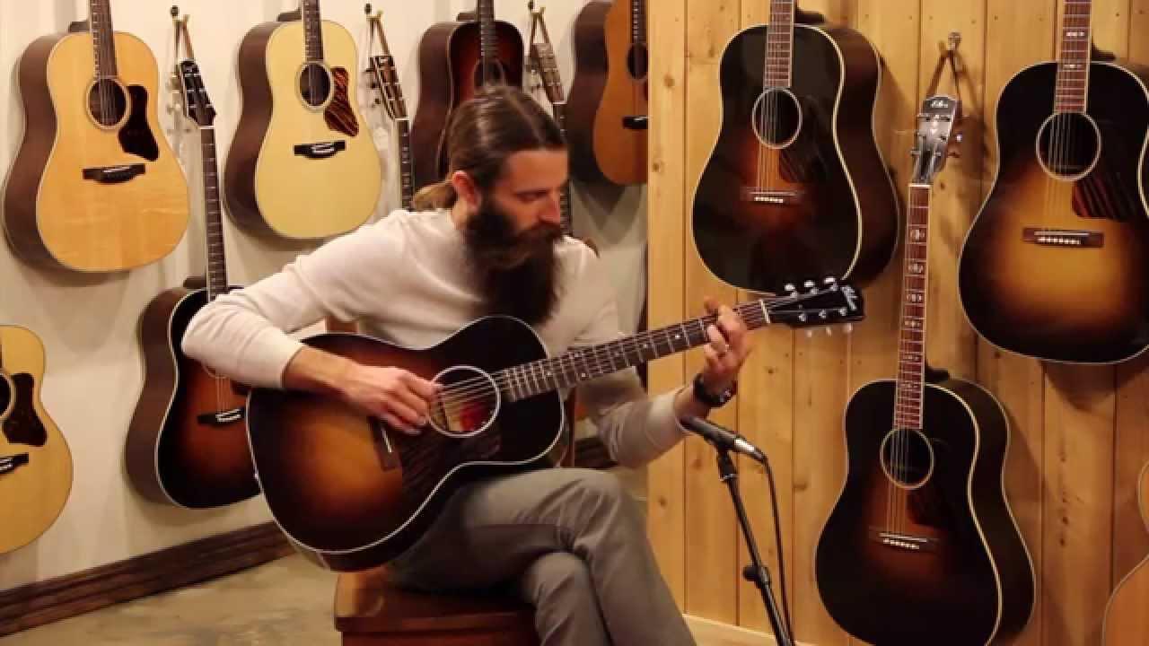 Yamaha Parlor Guitar