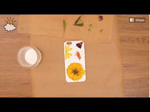 Glue Down Dried Flowers And Pour Glittery Resin On Top For A Gorgeous DIY Phone Case