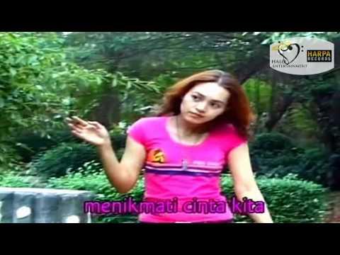 Vina Panduwinata - Selamat Malam - Original Karaoke Video
