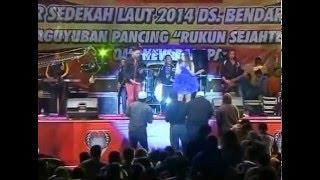 Download lagu Isyarat Cinta - Gerry Mahesa ft. Lilin Herlina New Pallapa