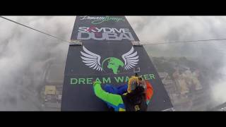 Dubai'deki 414m'lik Princess Tower'ın Tepesinden Atlamak! ( BASE Jump! Burj Khalifa Pinnacle )