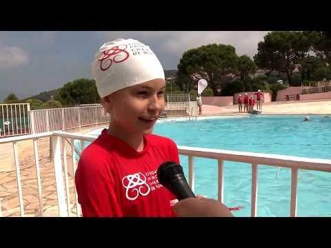 Visite de la Princesse Charlene à la piscine de la Turbie