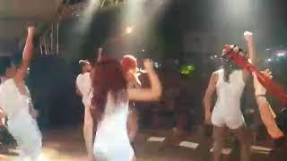 Energia positiva (alegria) Banda Asus ao vivo em Guaraciama
