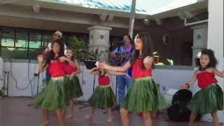 everybody do the hula
