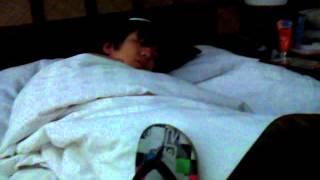 福知山の友繁がGUAM2012 寝起きドッキリ.