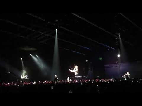 กอด - clash (live) เปิดclash awake concert