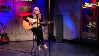 Madeline Juno - Stupid Girl (Acoustic Version)