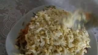 Салатик из куринной печени,с солёным огурчиком!!!
