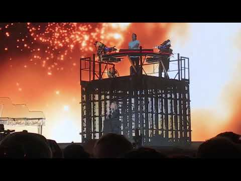 """Carry Me"" - Kygo Ft. Julia Michaels Live At Coachella 2018 Weekend 1(4/13/2018)"