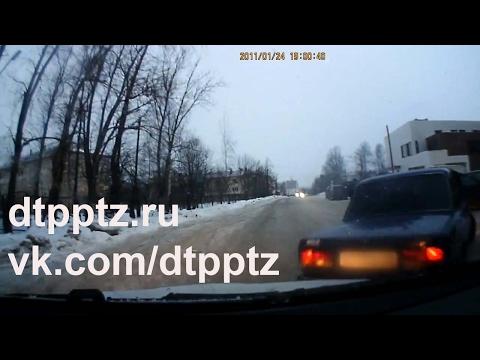 На каких дорогах запрещено движение задним ходом