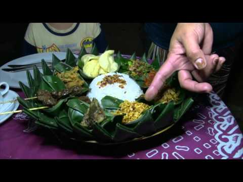 Balinese Homestyle cooking, Travel Video Guide