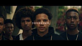 Смотреть клип Emmit Fenn Ft. Vic Mensa - Pouring Rain