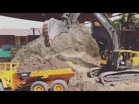 RC excavator Volvo 480D  y Hitachi en acción, en rc trucks Galicia!