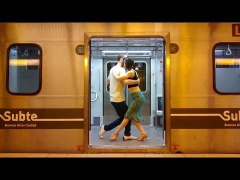 Tango Atorrante - Sin Rumbo, Otros Aires