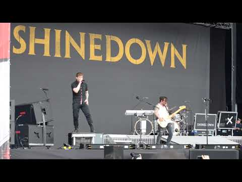 SHINEDOWN - Intro + Cut The Cord