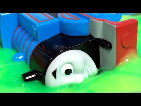 きかんしゃトーマス プラレール ドクターイエローとじこはおこるさ!不思議な粘土やスライムで事故!?Thomas & Friends Accident will happen