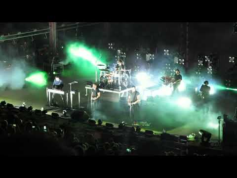 NIN NINE INCH NAILS THE PERFECT DRUG LIVE...