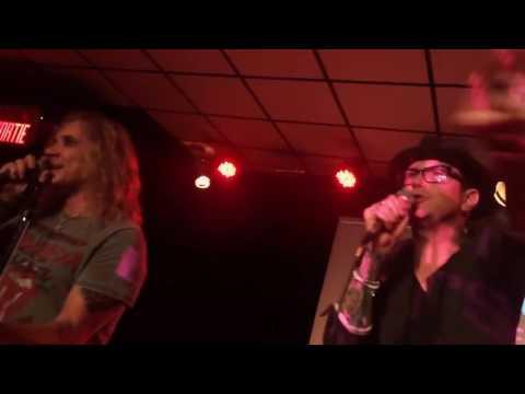 Michael Starr and Lexxi Foxx singing Skid Row at Karaoke