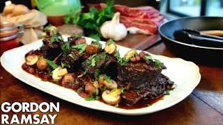 Download Slow Cooked Beef Short Ribs - Gordon Ramsay Mp3 and Videos