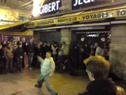 Street Dancers on St Michel Paris 25/03/09 1