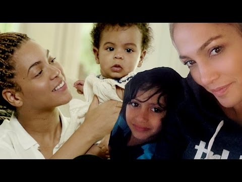 12 Hottest Celeb Moms & Their Adorable Kids