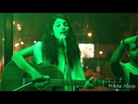 Main Hoon Hero Tera(Female version)- Nikita Ahuja Live @ lounge9
