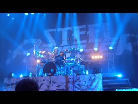 A Fan (Ben White) Playing Drums To Eyes Of A Panther- Glasgow 9th March 2015 (HD)