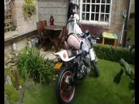 Sexy Two Stroke Cafe Racer Start Up - YouTube