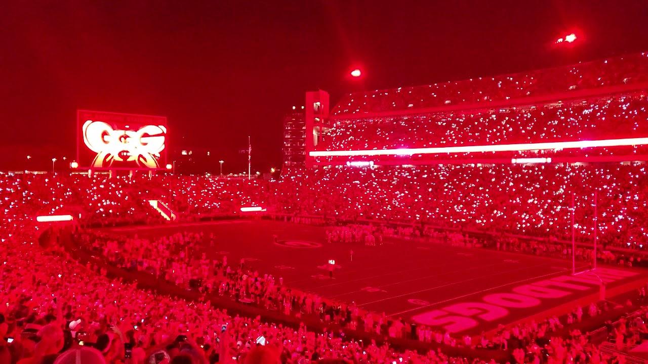 UGA vs Notre Dame 2019 4th Quarter RED Light Up!!! - YouTube