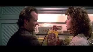 Питер Венкман осматривает квартиру Даны. Охотники за привидениями. 1984. HD