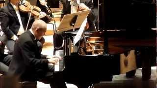 Ivo Pogorelich live 2013 - Chopin concerto n°2 : III. Allegro vivace (extr.)