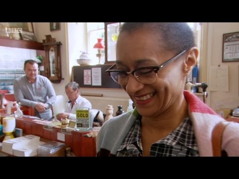 Celebrity Antiques Road Trip S06E15   Susan Cookson and Suzanne Packer