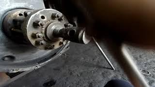 Как снять флянец коленвала/ступицу двигателя ЯМЗ-240.