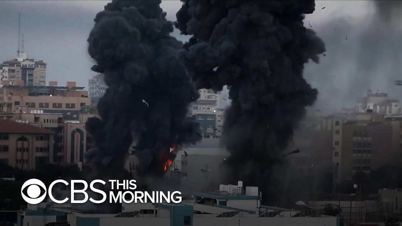 Violence erupting in neighborhoods shared by Israelis, Arabs as violent air war ensues