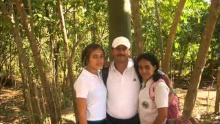 ESTUDIANTES GRADUADOS DEL COLEGIO CARLOS LLERAS RESTREPO 2012