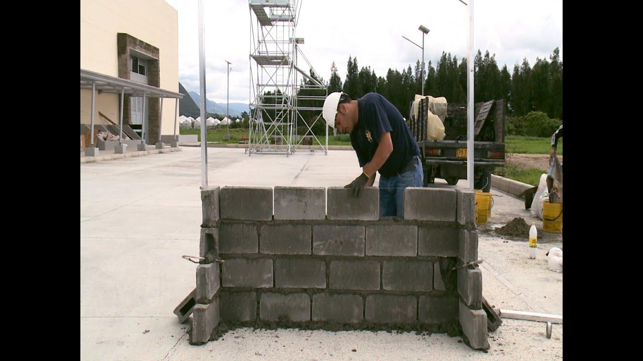 C mo construir un muro en bloque montaje parte ii for Construir muro de bloques