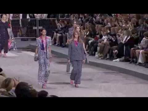 CHANEL desfile primavera/verão 2015 Paris Fashion Week | Car