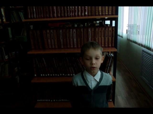 Изображение предпросмотра прочтения – АлександрПоляшов читает произведение «Свинья под дубом» И.А.Крылова