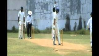 Samad Fallah - Bowling at its Best !