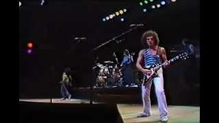 Journey - The Party Is Over [Hopelessly In Love] (Live in Tokyo 1981) HQ