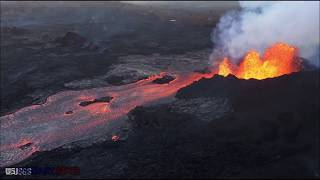High Alert -Hawaii volcano eruption UPDATE Kilauea crater sees collapse EXPLOSION spew steam 4,500ft