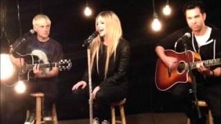 Avril Lavigne - HTNGU Acoustic (Audio)