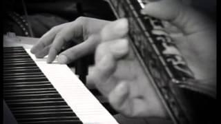 Repeat youtube video VS REAL   ELNUR LENKERAN sintez  +  RAMIN Turk sazi   TOYDA