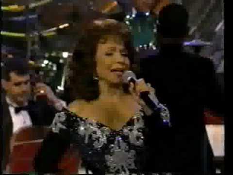 María Victoria, -CHEQUE EN BLANCO-, 1999.