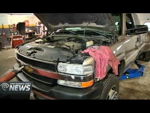 Diagnosing Bad Car Smells: Car Expert Lauren Fix