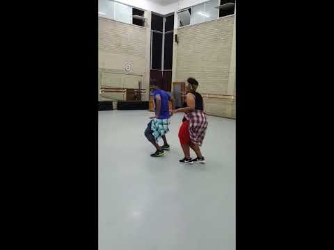 Jah Prayzah ft. Mafikizolo - Sendekera..Dance Reloaded ( Zumba fitness)