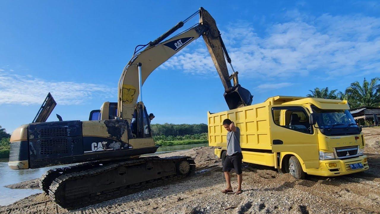 HARI PALING BERAT..!! mobil dump  truk T3RSIKSA DI QUARI DAN bonus PECAH BAN