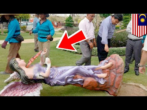 Patung dewi di area taman Bali di MBI Desaku Kulim, Malaysia dirobohkan - TomoNews